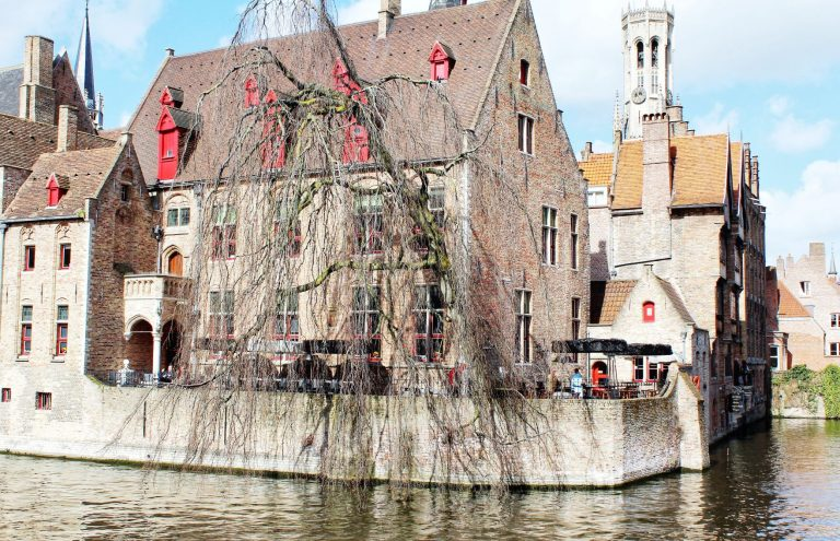 Bruges. 5 must-see cities beyond Brussels.