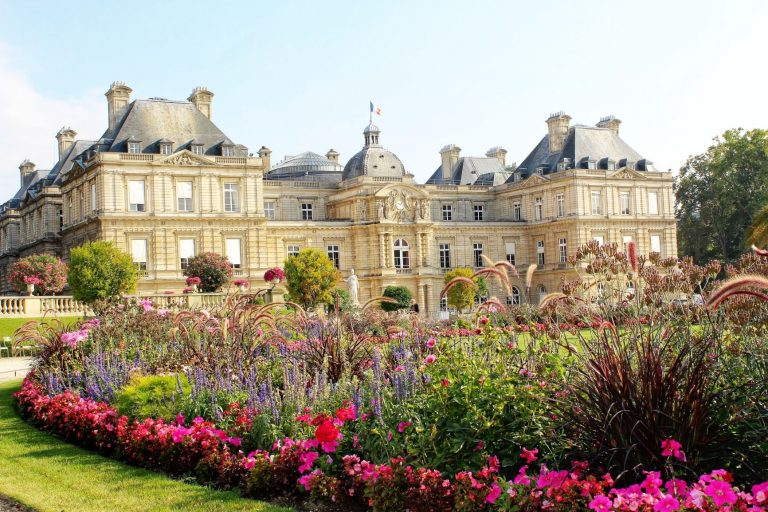 Relaxing in one of Paris's Most Beautiful Park - Jardin du Luxembourg.