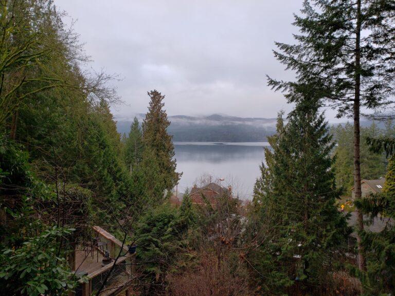 Stay at Crowe's Nest in British Columbia's Sunshine Coast | Best Airbnb Properties Around the Globe