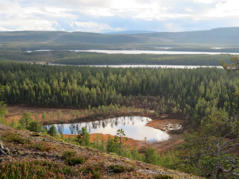 Jokkmokk in Sweden is still overlooked by tourists, despite the fact that it is considered to be the cultural capital of Swedish Lapland. Located just above the arctic circle it is the perfect destination in northern Sweden and has a range of outdoor activities year round.