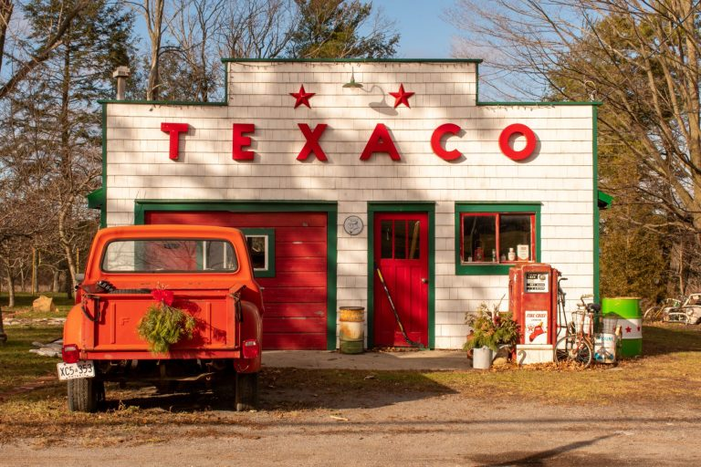 What to see, do, eat and stay while in Prince Edward County, Ontario.