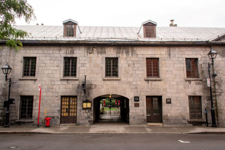 Gibbys restaurant in Montreal, Quebec is located in d-Youville Stables from the 16th century