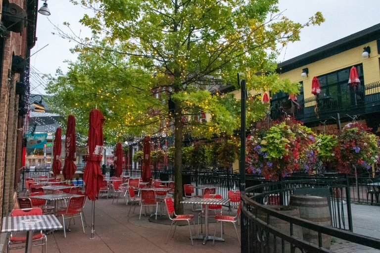Ottawa's Byward Market | The 10 Best Things to Do in Ottawa | www.DreamPlanExperience.com