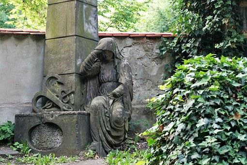 Old Jewish cemetery in Prague's Jewish Quarter