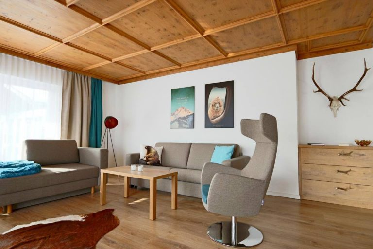 Stay at this Airbnb while in Garmisch-Partenkirchen, Germany | The Ultimate Driving Route through the German Alps