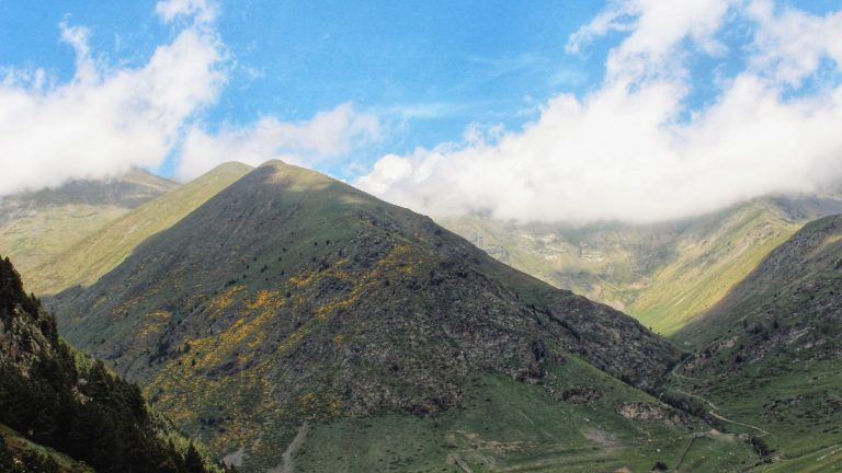 A day trip from Barcelona is great hiking in Vall de Nuria Spain | www.DreamPlanExperience.com