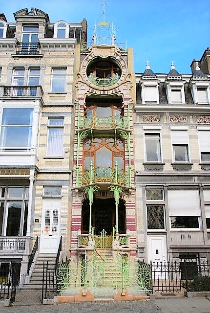 Saint-Cyre House, designed by Gustave Strauven in Brussels, Belgium.